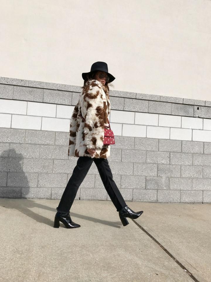 Faceless Cowgirl & London Fashion WeekTalk